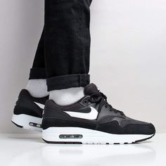 The Latest Shoes, T-Shirts & Shirts at Urban Industry, Eastbourne, UK Tenis Nike Casual, Tenis Nike Air Max, Latest Shoes, New Shoes, Air Max 1s, Air Max Sneakers, Sneakers Nike, Black White, Shirt Jacket