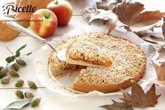 Sbriciolata di zucca e mele | Ricette della Nonna Bagel, Camembert Cheese, Bread, Cooking, Sweet, Food, Cheesecake, Seasons, Life