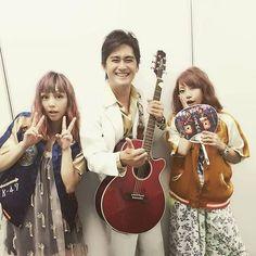 """Yumi Yoshimura, Ami Onuki & a guest. : """"¡Ayer, fue una reunión de sopetón en vivo, en Lazona Kawasaki! ¡Muchas gracias a los que vinieron!""""  Estas fueron las palabras de nuestra querida Ami Onuki, a través de su Instagram. Todos los fanáticos de PUFFY, queríamos haber estado en el evento.  Me pregunto, si el invitado, es Tamio Okuda.  Nos vemos Ami!!!   puffy_4ever"""