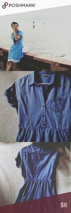 """Lightwash Denim Dress Button-down 