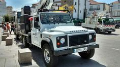Land Rover Defender 110 Td4 truck cabine assistance protect with trailer. Today, Spain.