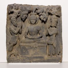 Relief with Buddha Worshipped by Indra and Brahma, Kushan period, 2nd/3rd century    Gray schist   Pakistan, Ancient region of Gandhara   The Art Institute of Chicago