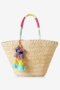 10 Straw Beach Bags to Tote On Your Spring Break Getaway  - HarpersBAZAAR.com