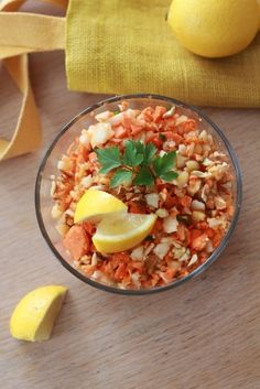Salade croquante au radis noir, carottes et pomme