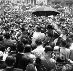Campanha de Getúlio Vargas para as eleições presidenciais de 1950. Belo Horizonte (MG), entre 9 ago e 30 set 1950.