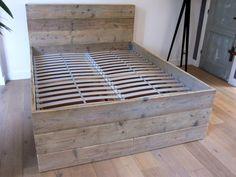 Bed 'Ortelius' | steigerhout | Te koop bij w00tdesign | Flickr