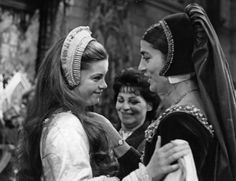 Genevieve Bujold as Anne Boleyn and Irene Papas as Catherine of Aragon ~ on the set of Anne Of The Thousand Days