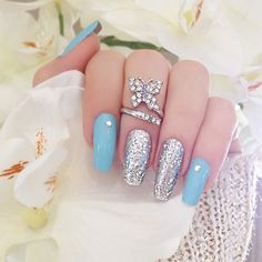 simple Tiffany Blue mani but I'm tellin' you the Butterfly midi ring brings it home