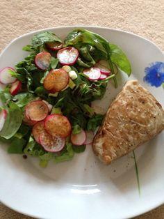 Fresh tuna steak and salad Step 2