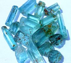 Aquamarine ✏✏✏✏✏✏✏✏✏✏✏✏✏✏✏✏ AUTRES MINERAUX - OTHER MINERALES ☞ https://fr.pinterest.com/JeanfbJf/pin-min%C3%A9raux-minerals-index/  ══════════════════════  BIJOUX ☞ https://www.facebook.com/media/set/?set=a.1351591571533839&type=1&l=bb0129771f ✏✏✏✏✏✏✏✏✏✏✏✏✏✏✏✏