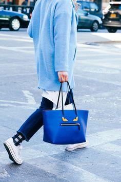 Street looks à la Fashion Week automne-hiver 2015-2016 de New York - Blue outfit