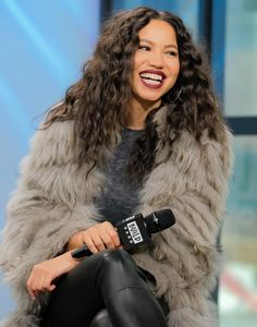 """Actress Jurnee Smollett-Bell attends Build Series presents the cast of """"Underground"""" at Build Studio on March 2017 in New York City. Get premium, high resolution news photos at Getty Images Diana, Jurnee Smollett, Lance Black, Fc B, Star Track, Female Fighter, Makeup Rooms, Beautiful Black Women, Simply Beautiful"""