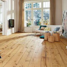 21 Popular Living Room Flooring Add to The Beauty of Your Home Wooden Floors Living Room, Rustic Wood Floors, Farmhouse Flooring, Wooden Flooring, Salons Cosy, Engineered Wood Floors, Wide Plank, Floor Design, Living Room Designs