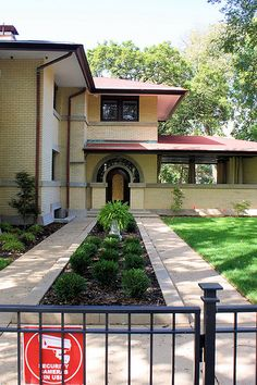 Francis Little House - Frank Lloyd Wright