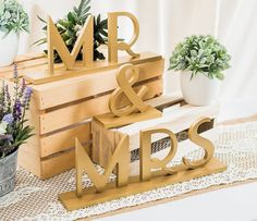 NEW Gatsby Style Mr & Mrs Wedding Signs for 1920s Flapper Style Sweetheart Table Decor - Great Gatsby Wedding ( Item - MBG200 )
