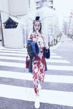 Kiko Mizuhara Most Beautiful Women, Beautiful People, Kiko Mizuhara, Pink Photo, Japanese Fashion, Get Dressed, Fashion Photography, Cute Outfits, Vintage Fashion