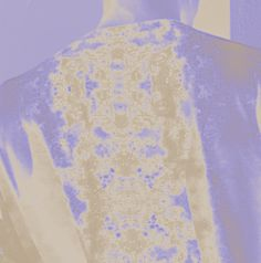 SIRI SKOGSTAD offers Street Style Apparels and Minimalism. We bring Jewellery, Fashion Accessories and Art Products. Visit our Art&Print Section for Contemporary Artworks. Neon Glow, Lilac Color, Contemporary Artwork, Siri, Fashion Art, Fashion Accessories, Neckline, Street Style, Art Prints