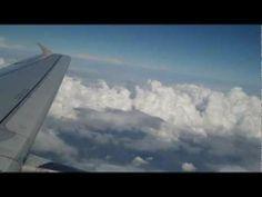 despegue de avion y hermosa vista de vuelo nubes t// takeoff plane and clouds beautiful view flight - YouTube