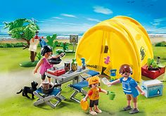 Famille et tente de camping