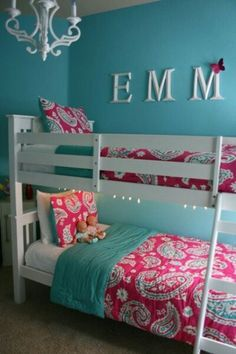 Love this color scheme for Cammies room with white queen bed from Ikea. Definitely like the chandelier. The post Best Bunk Beds for Kids And Teens with Storage Design Ideas appeared first on Trendy. Cool Bunk Beds, Kids Bunk Beds, Bunk Beds For Girls Room, Bunkbeds For Small Room, White Bunk Beds, Kid Bedrooms, Hm Deco, Diy Room Decor For Girls, Girls Bedroom Colors