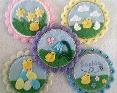 Felt kit for Easter felt decorations 'Bunnies in Love' Felt Crafts, Easter Crafts, Easter Toys, Felt Decorations, Boyfriend Crafts, Cross Stitch Needles, Felt Ornaments, Holiday Ornaments, Crochet Patterns For Beginners