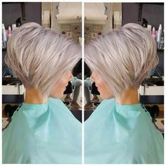 Today, we are addressing the topic of short haircut and we are looking at a series of 20 short-cut women's crop ideas centered around the pixie and the square. These two types of short haircut are among the most popular… Continue Reading → Bob Style Haircuts, Bob Hairstyles For Thick, Bob Haircuts For Women, Best Short Haircuts, Short Hair Cuts For Women, Haircut Short, Hairstyle Short, Pixie Haircut, 1940s Hairstyles