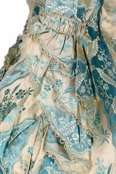 Historical fashion and costume design. 18th Century Dress, 18th Century Clothing, 18th Century Fashion, Fringe Braid, Vintage Outfits, Vintage Fashion, Vintage Style, Evening Dresses, Summer Dresses