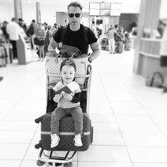 L'image contient peut-être: 2 personnes, personnes assises Storm Keating, Ronan Keating, Family Love, New Zealand, Baby Strollers, Children, Instagram, Person Sitting, Baby Prams