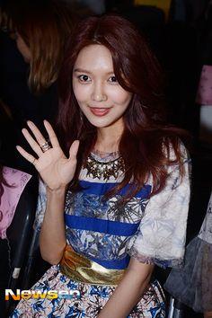 Sooyoung - 150323 2015 Seoul Fashion Week