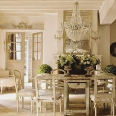 4 Seductive Tips: Shabby Chic Home Coffee Tables shabby chic kitchen countertops.Shabby Chic Home Chandeliers. French Country Dining Room, French Country Cottage, French Country Style, Country Living, Country Chic, Country Farmhouse, French Farmhouse, Farmhouse Chic, Rustic French