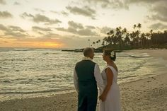 Stephen & Vicki Wedding August 2014 Return to Paradise Beach Resort, SAMOA Paradise Beach Resort, Tropical Weddings, August 2014, Beach Resorts, Serenity, Couple Photos, Places, Couple Shots, Couple Photography