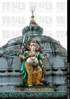 Idol of god Ganpati ; Ngo Patang ; Sambalpur ; Orissa ; India MR717A