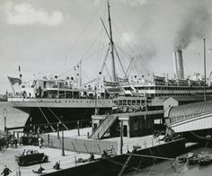 size: Photographic Print: Floating Post Office at Liverpool Docks, 1934 : Liverpool Docks, New Brighton, Royal Mail, Post Office, Great Britain, That Way, Paris Skyline, United Kingdom, British