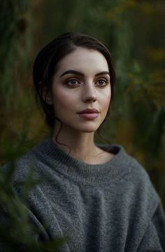 Adelaide Kane, Pretty People, Beautiful People, Pretty Little Liars, Gossip Girl, Belle Photo, Pretty Face, Reign, Character Inspiration