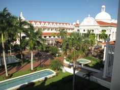 Riu Palace Riviera Maya Went last summer.... Will go back here for sure!! Loved it