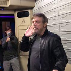 Star Tours has a Very Special Captain : ディズニーランドへようこそ ! !、本日の「スター・ツアーズ」のキャプテンを紹介いたします ! ! - 映画 エンタメ セレブ & テレビ の 情報 ニュース / CIA こちら映画中央情報局です