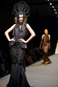 Bernard Depoorter Haute Couture www.bernardepoorter.com info@bernarddepoorter.com #bernarddepoorter.com