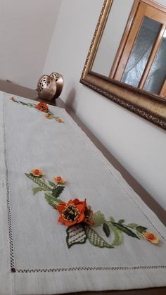 Home Decor, Brazilian Embroidery, Decoration Home, Room Decor, Home Interior Design, Home Decoration, Interior Design