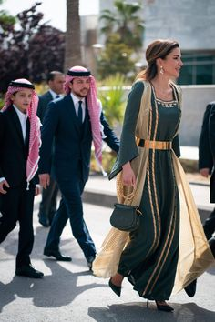 amman jordan King Abdullah II, Queen Rania, Crown Prince Al Hussein and Prince Hashem of Jordan attends celebration of the Anniversary of Jordans Independence Day in Amman, Jordan on Queen Noor, Queen Rania, Arab Fashion, Royal Fashion, Womens Fashion, Royal Dresses, Modest Dresses, Eid Outfits, Fashion Outfits