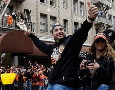 and on the 2nd day of Christmas, the GIANTS gave to us...2nd baseman and NLCS MVP Marco Scutaro! Marco and the GIANTS agreed to a 3 year/30 million dollar contract. Scutaro entertained offers from other clubs, including the St. Louis Cardinals, but in the end elected to return to the GIANTS. Merry Christmas GIANTS fans!