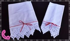 Coppia di asciugamani di lino.