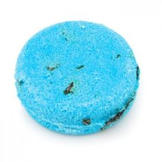 Lush's Seanik Solid Shampoo Bar - alternative to messy, leaky liquid shampoo when you #travel. #TSA friendly