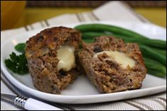 Hungry Girl's Smart Snacks for Cheese Lovers: Cheese-Filled Mini Meatloves Ww Recipes, Low Calorie Recipes, Cooking Recipes, Recipies, Healthy Meatloaf, Meatloaf Recipes, Meatball Recipes, Smart Snacks, Healthy Snacks