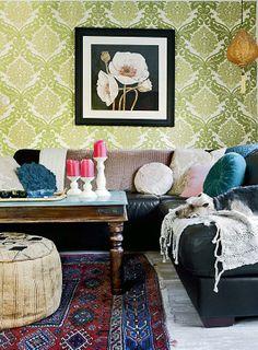 Väriä ja särmää | Koti ja keittiö Great space and color inspiration!