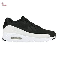 WMNS Air Max 90 Leather, Chaussures de Gymnastique Femme, Noir (Black Black Black 002), 37.5 EUNike