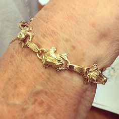 Here it is #finished and #fabulous! The Selini Frog Bracelet!  18ct yellow #gold and full of character!!! Each one of the six frogs featured in the #bracelet was hand crafted #bespoke by Robin Girling! #luxury #jewellery #selinijewellery #fashion