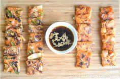 Kimchi Jeon (Kimchi Pancakes)  http://mykoreaneats.com/2014/11/kimchi-jeon/