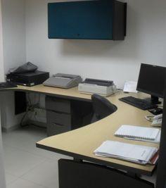Un Puesto De Trabajo Oficina Abierta, Amplio Moderno Usado - $ 582.000 en MercadoLibre