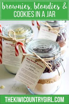The cutest homemade gift ever - how to make brownies blondies and chocolate chip cookies in a jar to gift to the baker in your life. Blondies Cookies, Blondie Brownies, Printable Labels, Free Printable, Key Lime Pie Cheesecake, Christmas Brownies, How To Make Brownies, Food Stamps, Home Baking