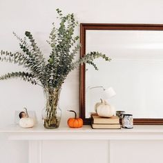 simple mirror like this on mantle.A classy festive fall mantle. Porches, Fall Mantel Decorations, Mantel Ideas, Decor Ideas, Mantle Decorating, Decorating Ideas, Fall Arrangements, Autumn Cozy, Autumn Fall